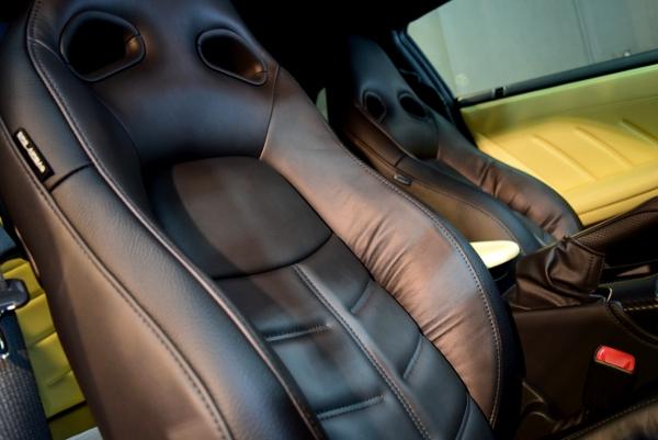 GT-R運転席