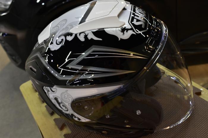 ヘルメット4