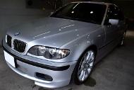 BMW320i-s